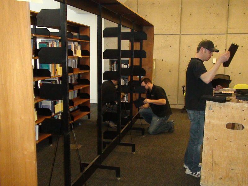 2010_Dec' Cummings Library Move1