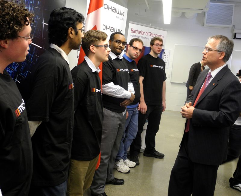 The Hon. Gary Goodyear meets students of Mohawk College's iDeaWORKS applied resaerch and innovation lab.